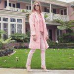 pink_square_lydia250